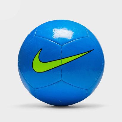 Pitch Training Football