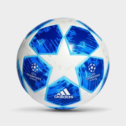 Finale 18 UEFA Champions League Top Training Football