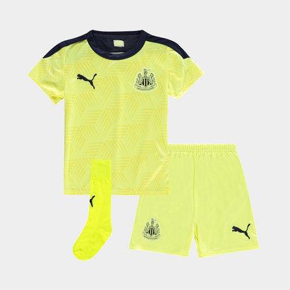 Puma Newcastle United Away Baby Kit 20/21