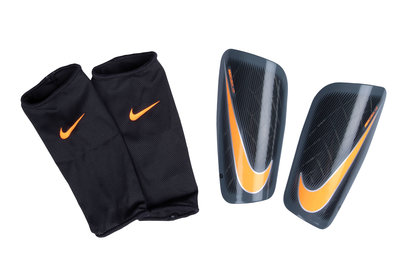 Nike Mercurial Lite Slip In Shin Guards