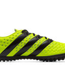 Ace 16.3 TF Football Trainers