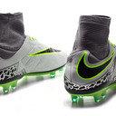 Hypervenom Phatal II Dynamic Fit FG Football Boots