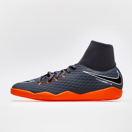 Hypervenom PhantomX III Academy D-Fit IC Football Trainers