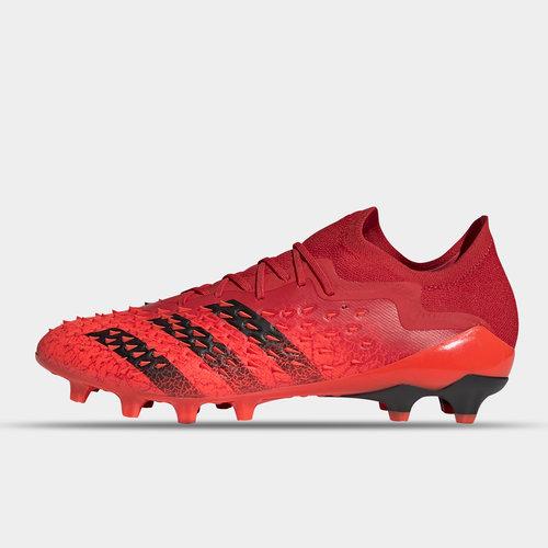 Predator Freak .1 Low AG Football Boots