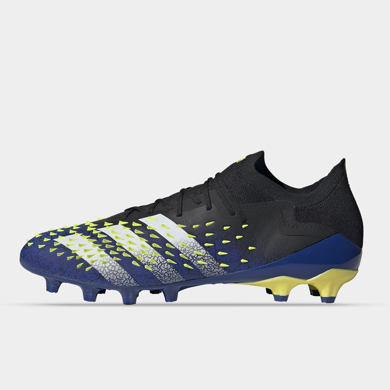 Predator Freak .1 Low AG Football Boots
