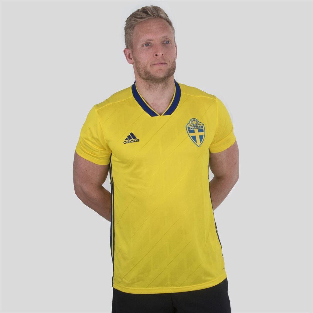 Sweden 2018 Home short sleeve Replica Football Shirt