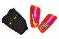 Nike CR7 Mercurial Lite Football Shin Guards