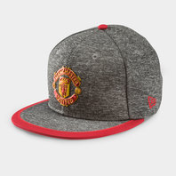 New Era Manchester United 9Fifty Pop Piping Football Snapback Cap